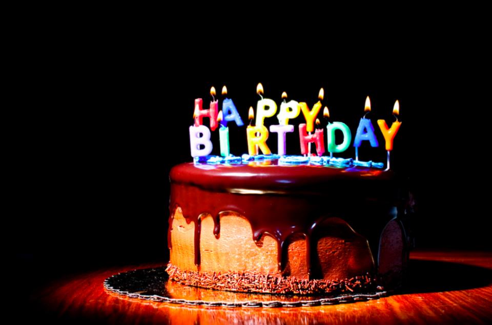 イタリア人の誕生日の風習とは?イタリアで誕生日パーティーを開く際に ...