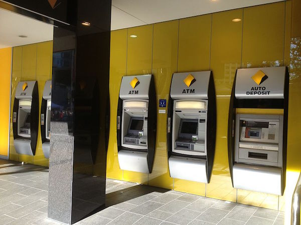 Commonwealth BankのATM